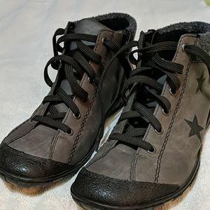 Rieker Booties 42/10 Vegan Leather/Grey